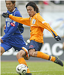 2006年、森脇はサンフレッチェ広島から2人のチームメイトとともにJ2の愛媛 FCへ期限付き移籍した。一緒に四国にやってきたのは、MF高萩洋次郎、FW田村祐基。