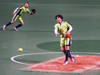 (写真:4年目の庄司は初の開幕投手)