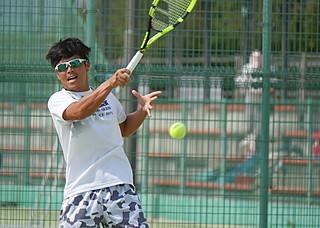 伊予銀行テニス部
